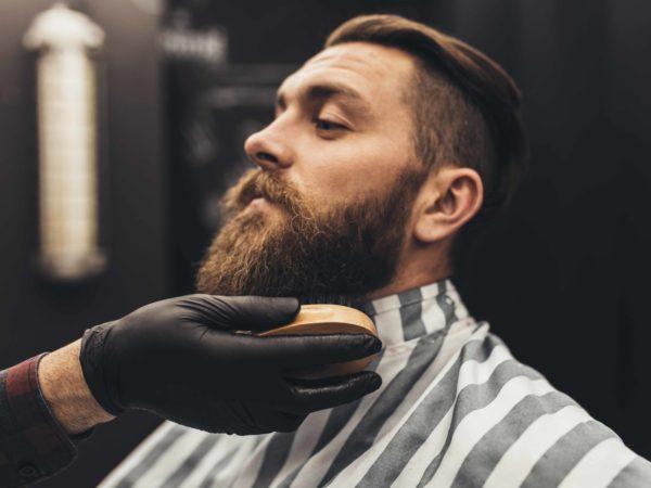 Injerto de barba y uso de mascarilla