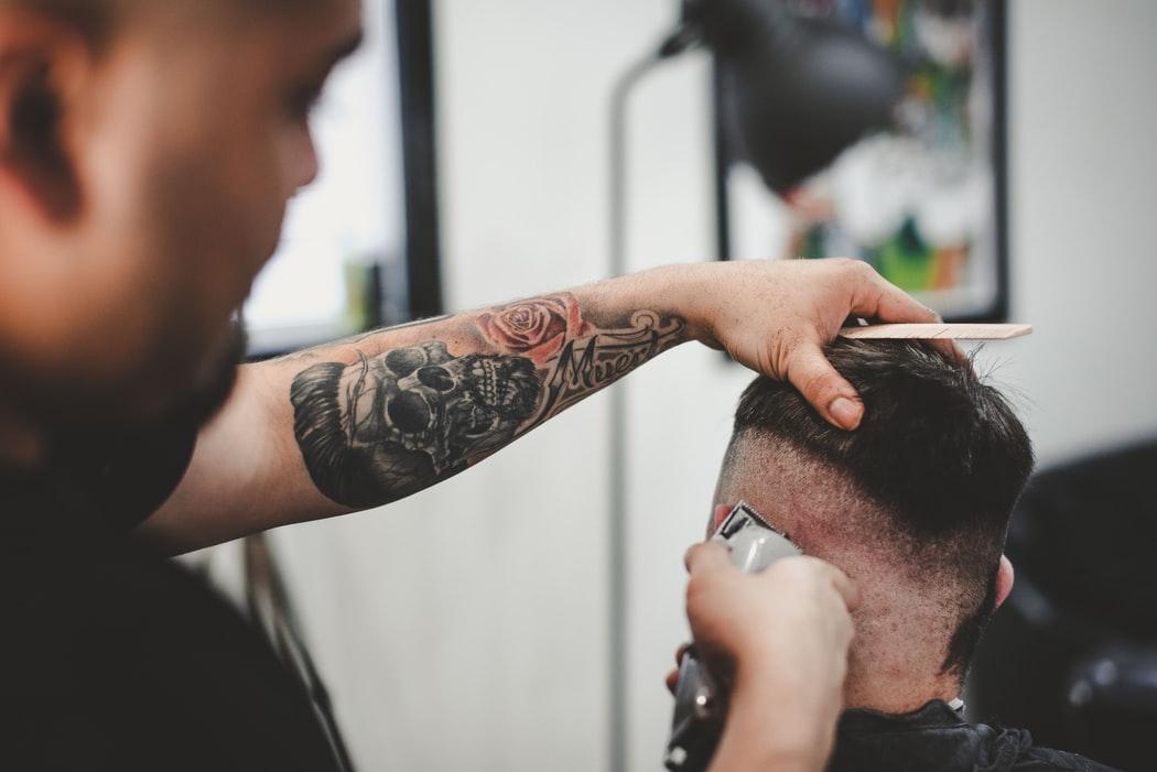 Indicaciones para cortar el cabello tras un implante capilar