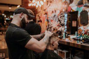 ¿Cuál es la historia de la peluquería?